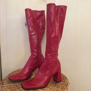 90s Vintage red heal boots